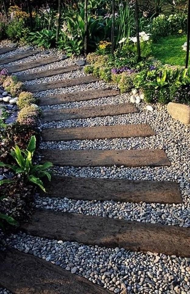 Railroad-ties-garden-walkway