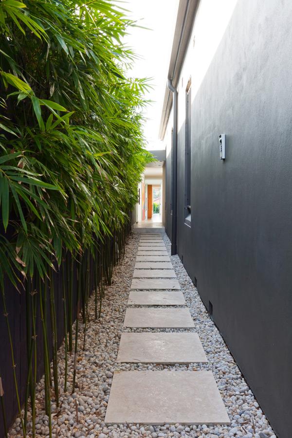 minimalist-garden-pathway